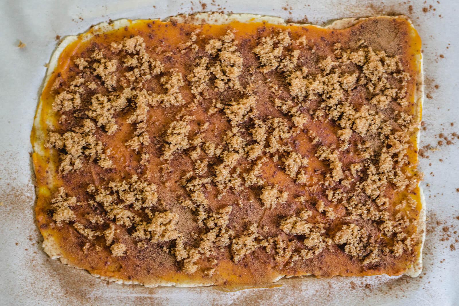 Keto Pumpkin Spice Latte Cinnamon Roll Filling