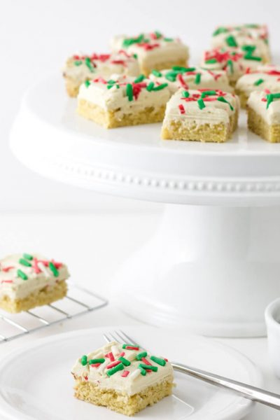 Keto White Chocolate Peppermint Sugar Cookie Bars